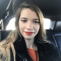 Hello My name is Carlota and I' m a Portuguese native. I have a bachelors in Management and a Master in Marketing. It will be my pleasure to teach you and make you improve your Portuguese through game